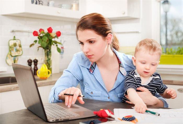 Займ мамам в декрете онлайн на карту и наличными